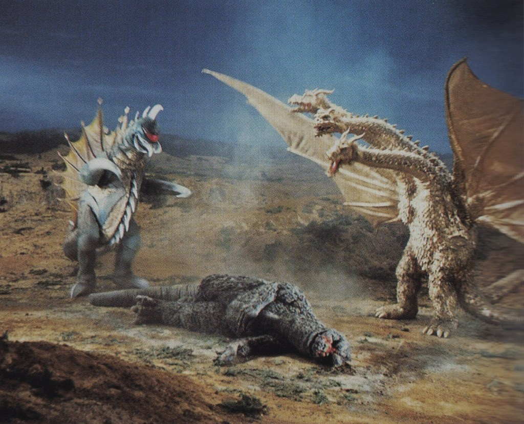 GVG_-_Godzilla_is_Down_Before_Gigan_and_King_Ghidorah